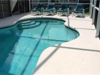 4 BED 2 BATH HOME WITH PRIVATE POOL AND SUN DECK - IN GOLF AND COUNTRY CLUB - Davenport vacation rentals