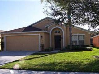5 BED 3 BATH HOME WITH PRIVATE POOL, BILLIARDS GAMING ROOM & 2 MASTERS - Davenport vacation rentals