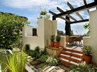 APPLE TREE COTTAGE - Cape Town vacation rentals