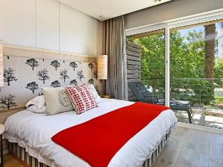 1 BED APARTMENT - GULMARN 006 - Cape Town vacation rentals