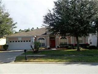 5 BED 3 BATH HOME WITH PRIVATE POOL, SPA & GAMING ROOM - BACKS TO GOLF COURSE - Davenport vacation rentals