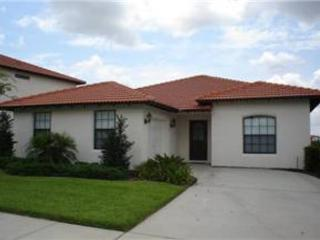 3 BED 2 BATH POOL HOME BACKING TO CONSERVATION IN GATED GOLF RESORT COMMUNITY - Clermont vacation rentals
