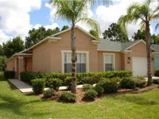 4 BED 3 BATH POOL HOME BACKING TO CONSERVATION - 2 MASTERS - SLEEPS 10 - Davenport vacation rentals