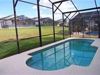 4 BED 3 BATH POOL HOME IN GATED COMMUNITY- SLEEPS 10 - Davenport vacation rentals