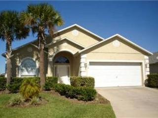4 BED 3 BATH HOME WITH POOL, 2 MASTERS AND BILLIARDS GAMING ROOM - Davenport vacation rentals