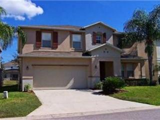 6 BED 4.5 BATH HOME WITH POOL, SPA & 2 MASTER SUITES. SLEEPS 14 - Davenport vacation rentals