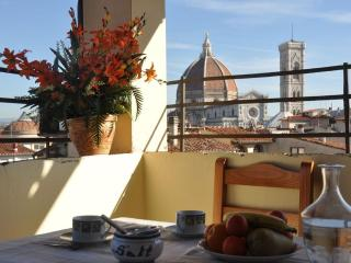 Apartment in Florence with panoramic terrace - Florence vacation rentals