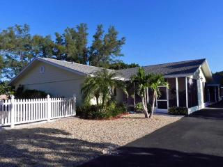 Lemontree on Longboat Key, 2 BR condo near beach - Longboat Key vacation rentals