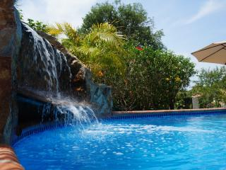 Cozy Casita - priv. proprty, big pool, near beach - Panama City vacation rentals
