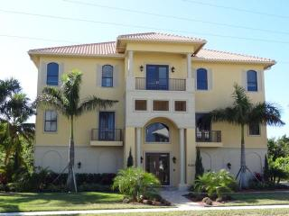 Unique luxury and elegant 10/8 house - SPIN500 - Marco Island vacation rentals