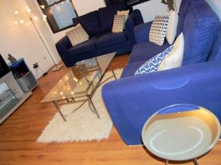 Super one bed to light your fire at The Monument - London vacation rentals