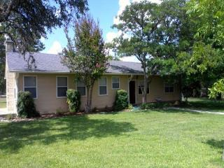 Oma Yaeger House - Texas Hill Country vacation rentals