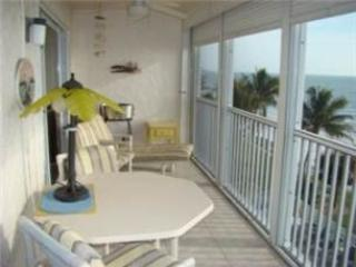 Gulf Front 2/Bedroom Vacation Rental.#301 - Image 1 - Fort Myers Beach - rentals