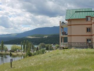 IHP216 - Invermere Lakefront Condos - Heron Point - Invermere vacation rentals