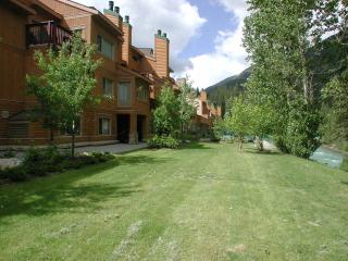 PT0119 - Panorama - Toby Creek Lodge - Toby Creek Lodge - British Columbia Mountains vacation rentals