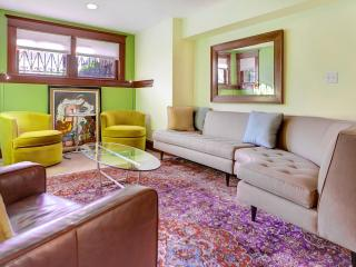 Prime Capitol Hill Location 2 Bedroom 2 Full Bath! - District of Columbia vacation rentals