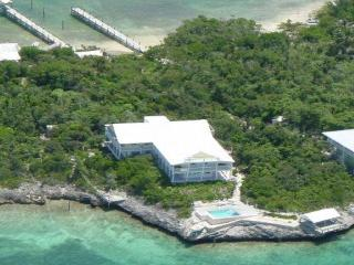 Stay 10+ Get 2 FREE!   Dock*Villa*Pool*1 Acre - Man-O-War Cay vacation rentals