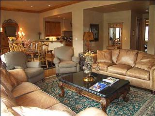 Luxury Townhouse - Ski-in/Ski-out (2142) - Snowmass Village vacation rentals