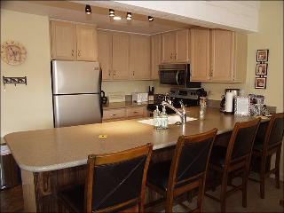Snowmass Mountain Condominiums - Recently remodeled (3064) - Aspen vacation rentals