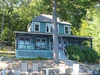 Charming Vintage Waterfront Vacation Rentals on Lake Winnipesaukee (CRE82W) - Meredith vacation rentals