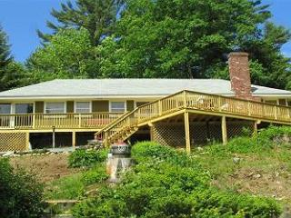 Excellent beach access home on Lake Winnipesaukee (SOR7B) - Meredith vacation rentals