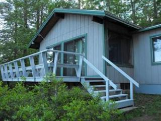 Peaceful Vacation Rental on Small Beautiful Lake Kanasatka (STI9W) - Lake Winnipesaukee vacation rentals