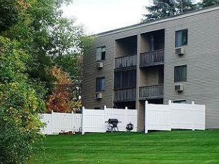 2 Bedroom Condo in Weirs Beach Where All the Action Is! (BOO121Bf) - Meredith vacation rentals