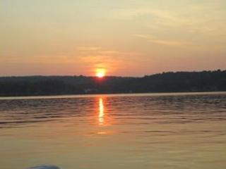 Waterfront Cottage on Winnisquam (NOR12Ws) - Meredith vacation rentals