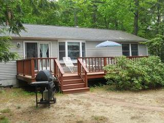 Waterfront Cottage on Lake Winnisquam (NOR10W) - Meredith vacation rentals