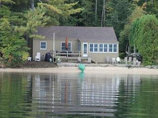 LLBean Style Cottage on Lake Winnipesaukee (HAW66W) - Meredith vacation rentals