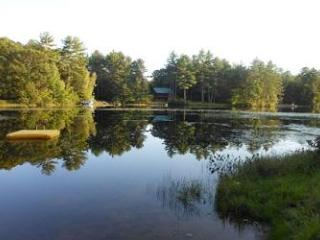 Fabulous vacation rental cabin on quiet Hermit Lake in Sanbornton (CAM95W) - Meredith vacation rentals