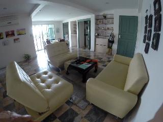 Luxurious Condo in Safe area of Bangkok. - Calabasas vacation rentals