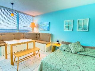 Pleasing Studio with OCEAN VIEW - Miami Beach vacation rentals