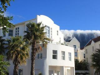 Exclusive townhouse in Cape Town - Western Cape vacation rentals