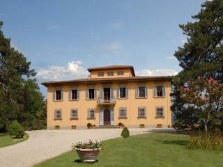 The Hilltop Villa Holiday Villa rental in Vicchio near Florence - Tuscany - Vicchio vacation rentals