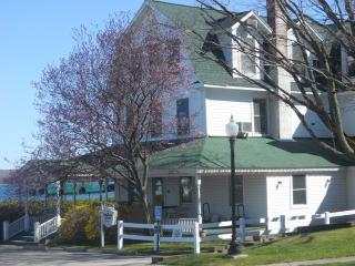 Spacious Two Story Condo - PPI - Condo C - Manistee vacation rentals