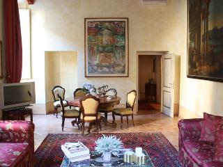 Apartment Luxury Pantheon - Rome vacation rentals