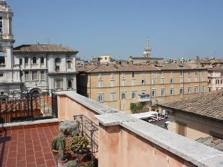 Piazza Navona Lancellotti Apartment - Rome vacation rentals