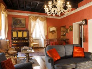 Spanish Steps Luxury Apartment - Rome vacation rentals