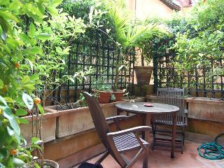 Luxury  Large Trilussa Apartment - Rome vacation rentals