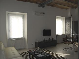 Acquario Hi Tech Apartment - Rome vacation rentals