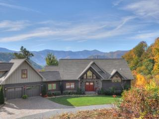 Spacious 5/4 Luxury Home -Great Views-Easy Access - Maggie Valley vacation rentals