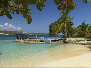 Amanoka at Discovery Bay, Jamaica - Private White Sand Beach, Amazing Sunset View, Pool - Discovery Bay vacation rentals