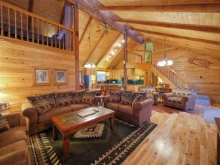 Group Vacation House, Sleeps 20, with Hot Tub - Silverthorne vacation rentals