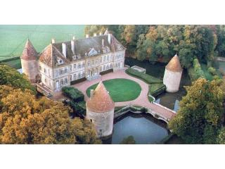 C18th Burgundy Chateau - Burgundy vacation rentals
