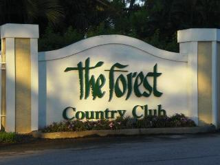 Beautiful condo at the Forest Country Club. April discount rate $750 per week . - Fort Myers vacation rentals