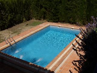 CASA AMISTAD family villa for 8 persons - Durcal vacation rentals