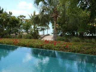 Beachfront Lucky House offers lovely décor and access to resort amenities - Parrot Cay vacation rentals