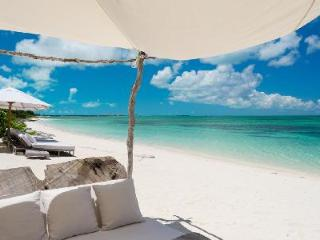 The Sanctuary - Estate offers a butler, personal chef and resort amenities - Parrot Cay vacation rentals