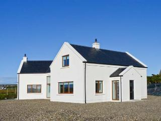 RANNAGH VIEW, detached, sea views, off road parking, garden, in Liscannor, Ref 21153 - County Clare vacation rentals